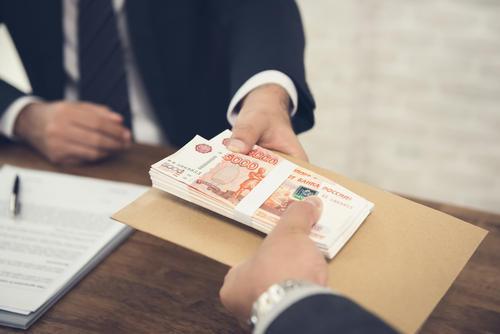 В какие сроки выплачивать зарплату в 2019 с учетом последних изменений